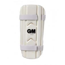 GM 909 Cricket Forearm Guard Pro Herren